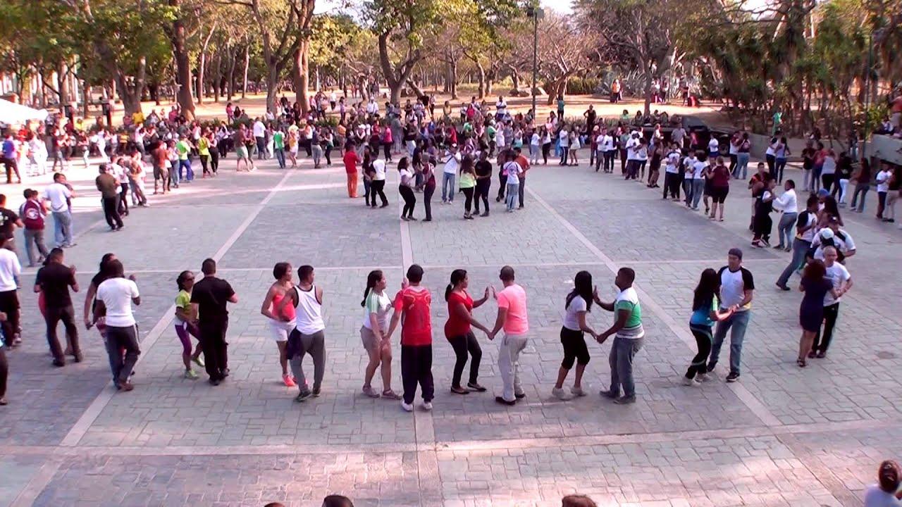 international rueda de casino flashmob