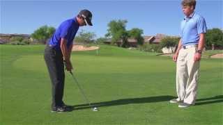 How to hit a Bump & Run, with Matteo Manassero - Callaway Office Golf Tips