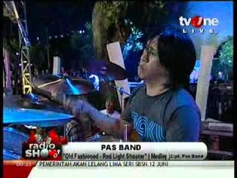 PAS Band - Old fashined & Red Light Shooter @RadioShow_tvOne 2012_06_06_00_28_50.mp4
