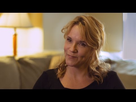 Lea Thompson | Minnesota Icon