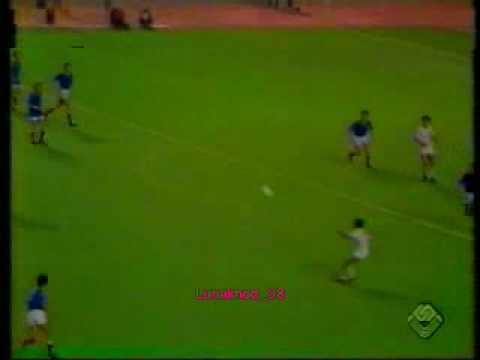 Omar Betrouni OMAR BETROUNI C39etait en 1975 Algerie 3 France 2 By