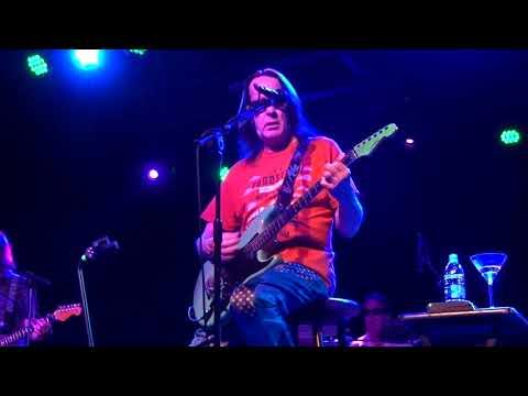 Todd Rundgren - Hashpipe ( Weezer Cover)