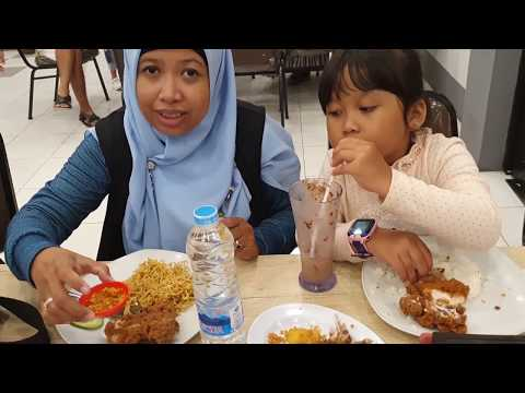 traveling-wisata-kuliner-di-kota-amoi-singkawang-suku-di-kampung-tionghoa