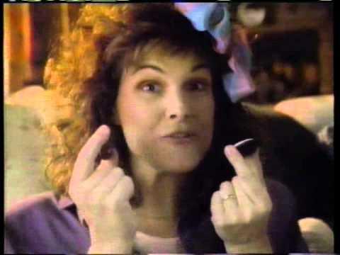 Susan Saint James 1987 Oreo Commercial