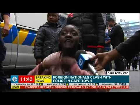 Scenes of chaos between refugees and police in Cape Town