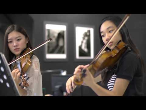 "Can you play like this ?""Canon in D violin duet Tiffany"""