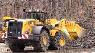 Komatsu WA500-7 Wheelloader Loading Komatsu HD605-7 Mining Dump Truck Demo @ Steinexpo 2014