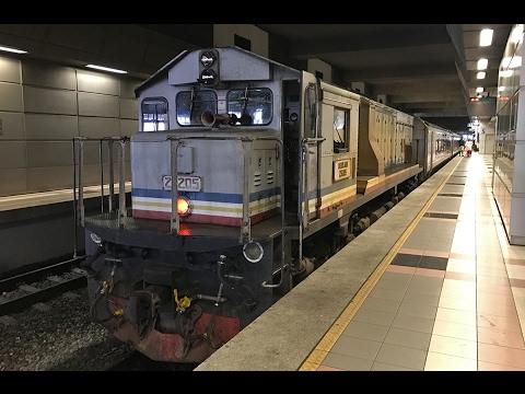 JB Sentral to Woodlands Singapore on KTM Shuttle Tebrau