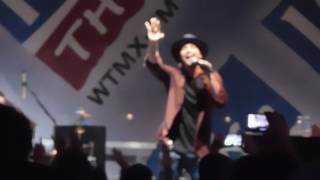 Gavin DeGraw - She Sets the City on Fire (Chicago 8/24/16)