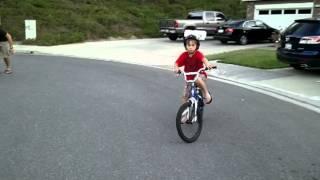 Download Video video Bar Boys Riding Bikes 2011 07 18 19 45 07 MP3 3GP MP4