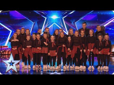 Déjà vu's Audition ends with a marriage proposal   Britain's Got More Talent 2017