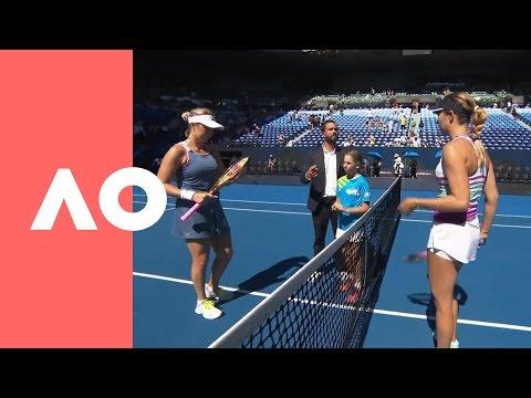 Anastasia Pavlyuchenkova and Danielle Collins on-court warm up (QF) | Australian Open 2019