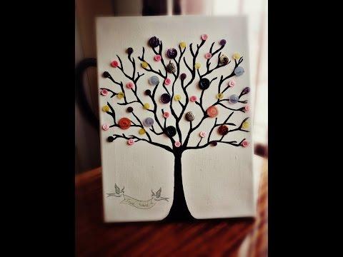 Дерево из пуговиц