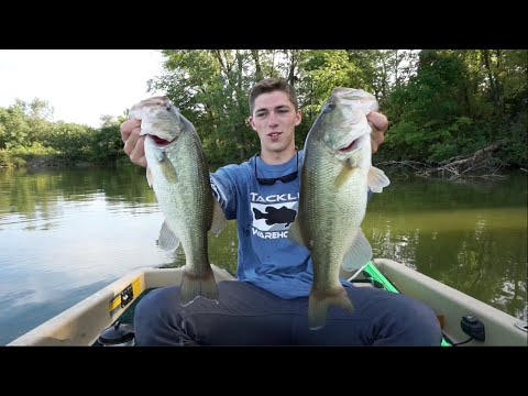 Solid limit of bass fishing with jigs youtube for Youtube bass fishing