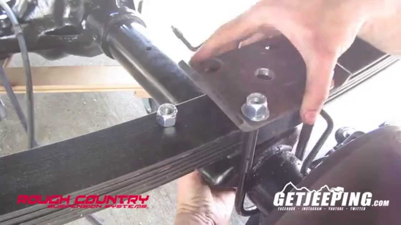 Awesome Rough Country 4.5u0027 Rear Leaf Springs For 1984 2001 Jeep Cherokee XJ    GetJeeping   YouTube