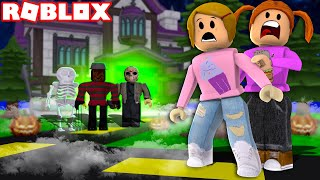 Roblox Staying Overnight At A Haunted Hotel!