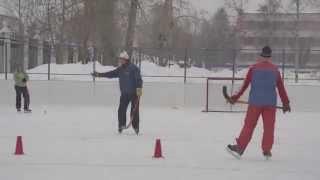 Прием мяча летящего по воздуху. Пособие по хоккею с мячом ИФКСиЗ САФУ