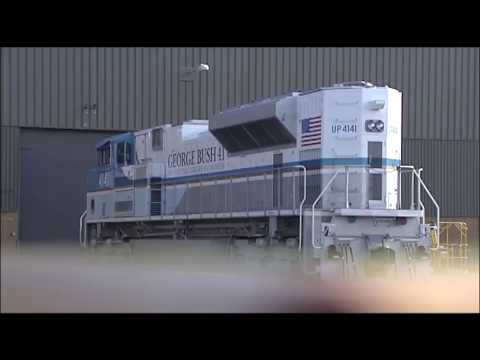 Bush 4141: Custom-made train to carry George HW Bush to his final resting place