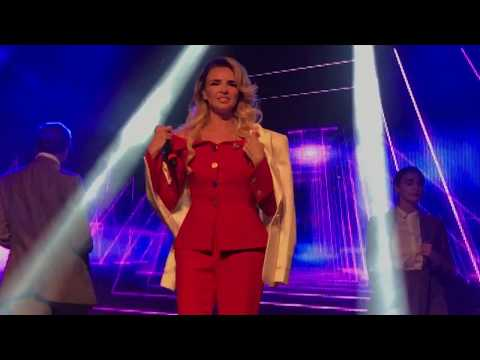 Nadine Coyle - Call The Shots [Live at G-A-Y]