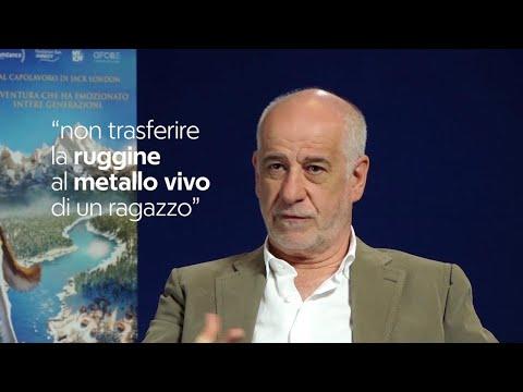 Genitori si diventa, Toni Servillo: Manteniamo vivo lo stupore dei figli, sono metallo vivo