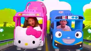Sasha play with new hello kitty bus