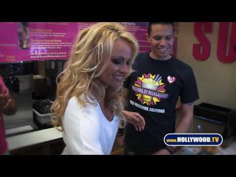 Pam Anderson's Vegan Shake at Millions of Milkshakes- Hollywood.TV