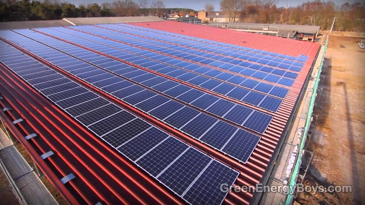 Installing Solar Panels Solar Pv Farm Of Rooftop In