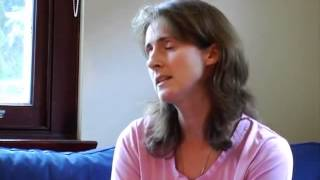 CAHを持つ子どもとお母さん(先天性副腎皮質過形成:性分化疾患)