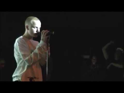 SPOOKY BLACK - IDLE (LIVE) 1080p HD