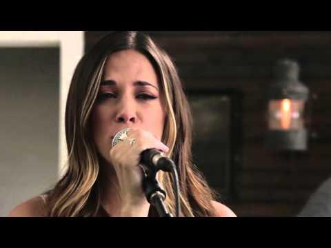 Jana Kramer - I Got The Boy (LIVE)