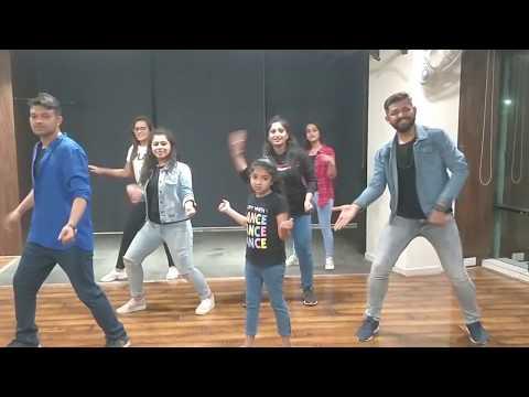 Sauda Khara Khara | Good Newwz | Dance Cover By Students Of MZ Dance School & Team Alabhya .