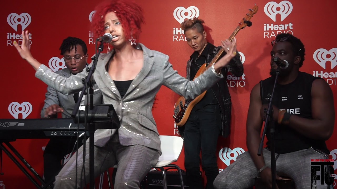 Shenna Live at iHeart Radio