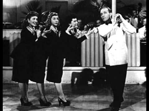 Bing Crosby & the Andrews Sisters- Mele Kalikimaka. (SL)