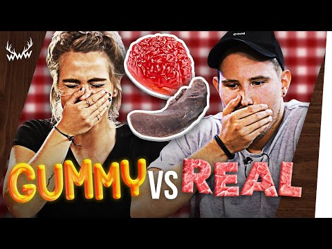 GUMMY FOOD vs. REAL FOOD! (mit Sarah Mangione)