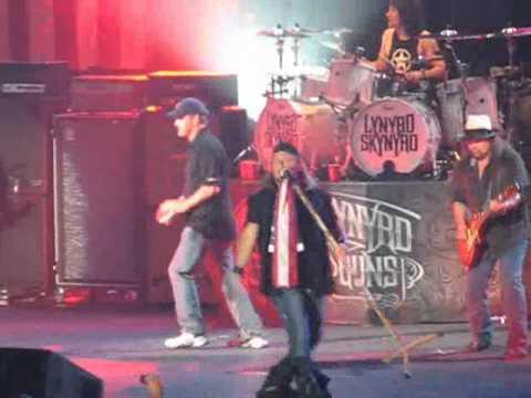 Sean Hannity Sings Sweet Home Alabama with Lynyrd Skynyrd Freedom concert 2010 Orlando