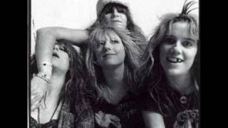 L7- hanging on the telephone