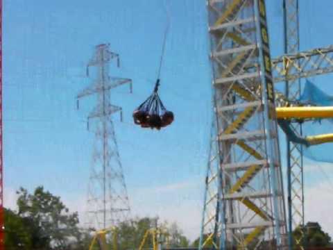 Zero Gravity Theme Park >> Dallas Tourism Girls Ride The Skycoaster At Zero Gravity Thrill