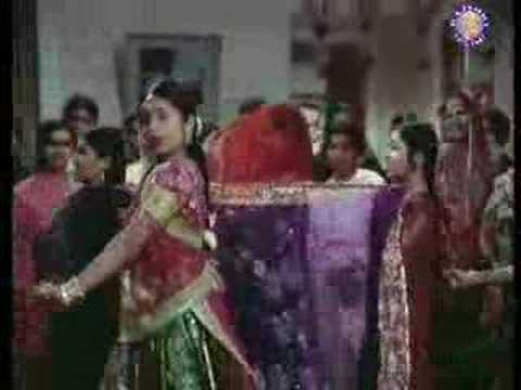 Madhu Kapoor Sings Aaj Meri Didi Ki  Saanch Ko Aanch Nahi
