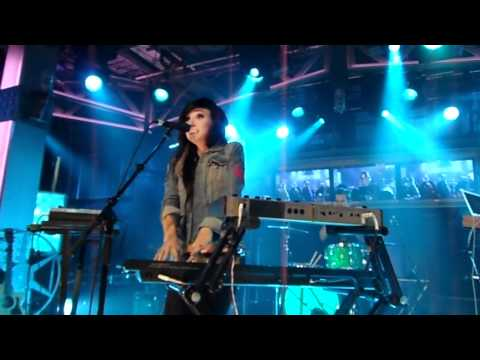 Lights Toes HD- New Music Live 10/04/11