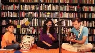 """Nagumomu"" - A Carnatic composition with Western guitar and Hindustani Tabla !"