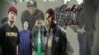 Video Single Terbaru FADE2BLACK | Cukup Dia download MP3, 3GP, MP4, WEBM, AVI, FLV Januari 2018