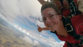Skydive Uluru - Rock the sky!