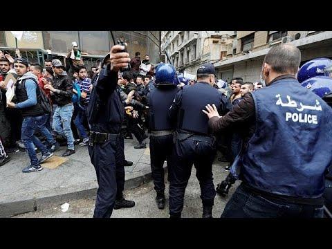 Algeria: anti-Bouteflika protest enters week 3