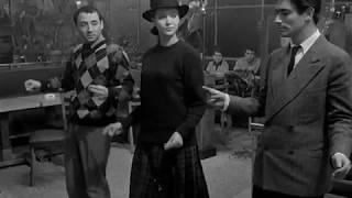 Знаменитый танец из фильма Посторонние