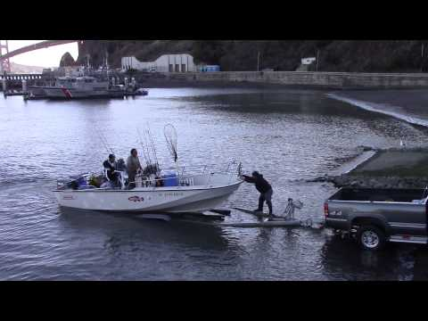 How to carry a boat / yacht/ canoe from water
