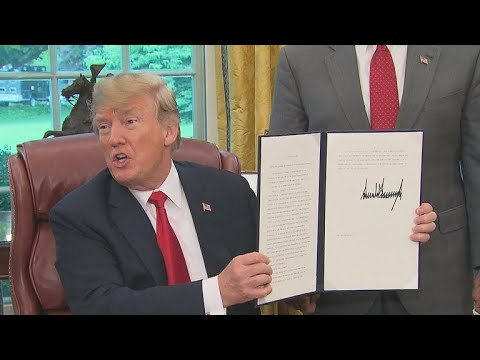 Trump signs executive order to end family separations