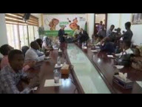 AU envoy mediates military, protesters in Sudan