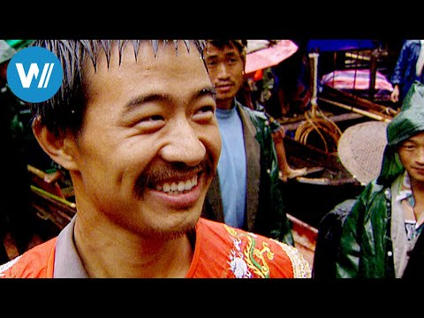 Yangtze: the hidden paradise of the Tujia people (China, 2005)