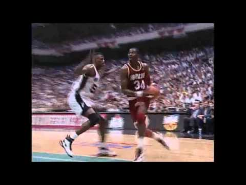 HD Hakeem Olajuwon Dream Shake on David Robinson