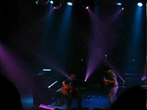 Radiohead 2006-05-01 Gagging Order (debut, multiangle)